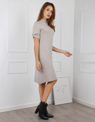 Robe pull droite manches courtes